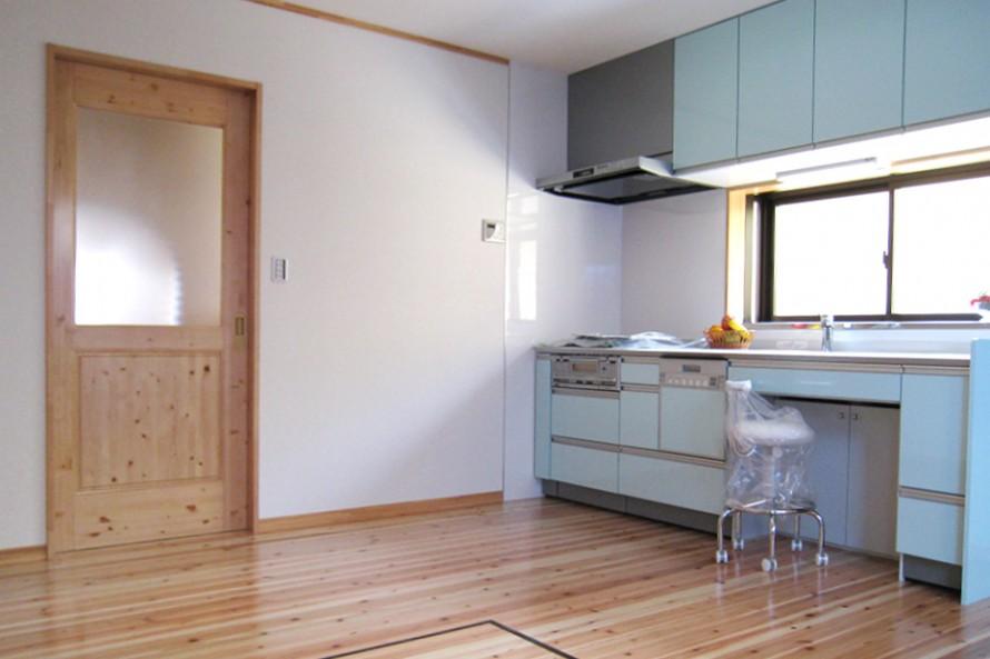 大きな桜のある家(アイキャス)_キッチン