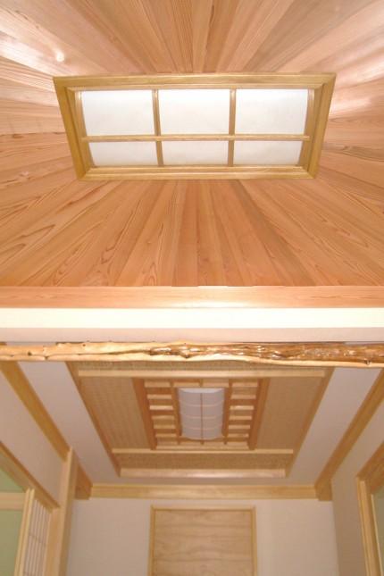 炭よい日本の家_天井
