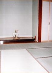 白い内装の家_和室