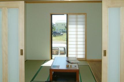 ステンドグラスのある家_和室
