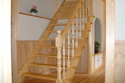 本格日本の家_階段